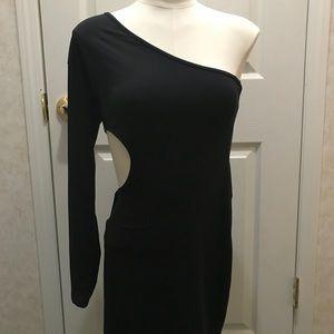 Dresses - Black One Sleeve Shoulder Dress